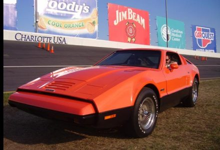 bricklin-sv1-racetrack-580
